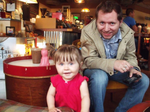 Daddy and Emma at the cafe